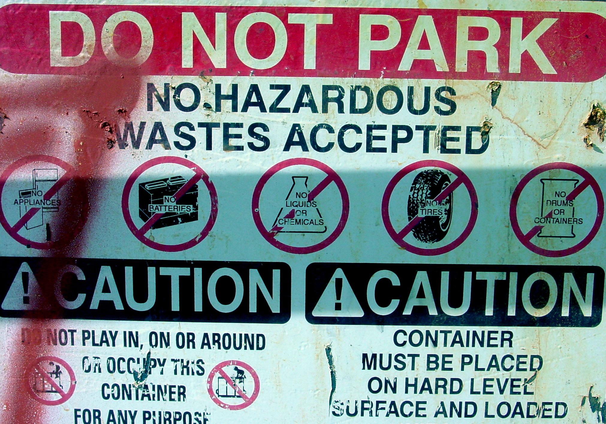 Etiquetado de Residuos Peligrosos, por el Consejero de Seguridad